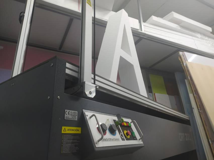 Eurorot | Cortadora Porexpan Semirigidos Espumados Gran Formato Produccion Servicios Graficos