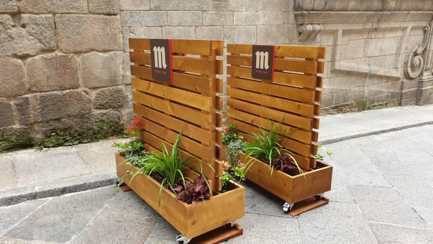 Eurorot | Separadores Madera Mobiliario Complemento Terraza Diseño Grafico